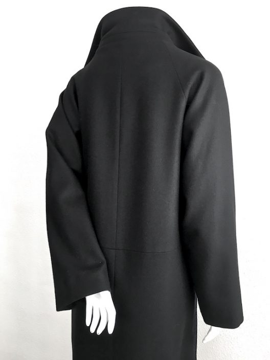 Alvarno Oversize Wool Coat Unique Pieces Collection
