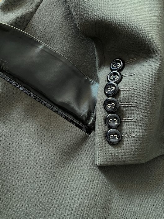 Gianni Versace Suit Three hidden buttons